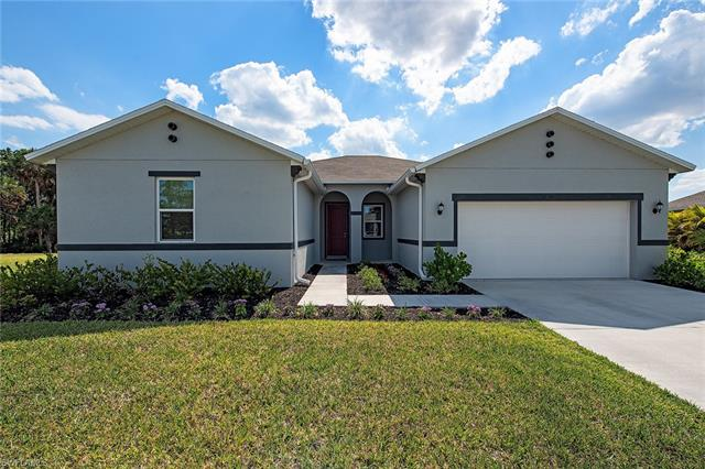 17348 Coastal Ridge Dr, Fort Myers, FL 33908