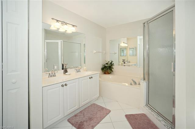 2560 Aspen Creek Ln 201, Naples, FL 34119