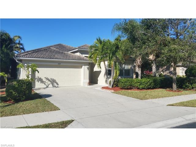 8327 Laurel Lakes Blvd, Naples, FL 34119