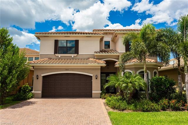 3212 Pacific Dr, Naples, FL 34119