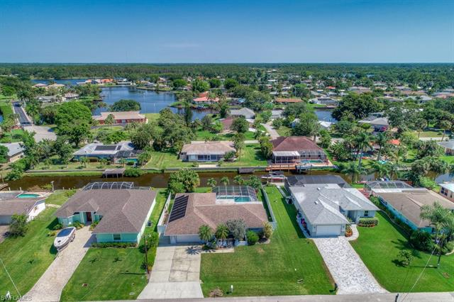 13476 Marquette Blvd, Fort Myers, FL 33905