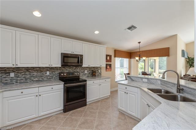 2430 Butterfly Palm Dr, Naples, FL 34119