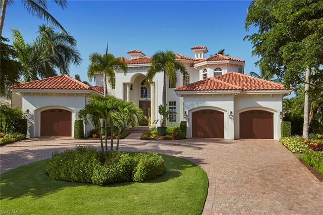 221 Mermaids Bight, Naples, FL 34103