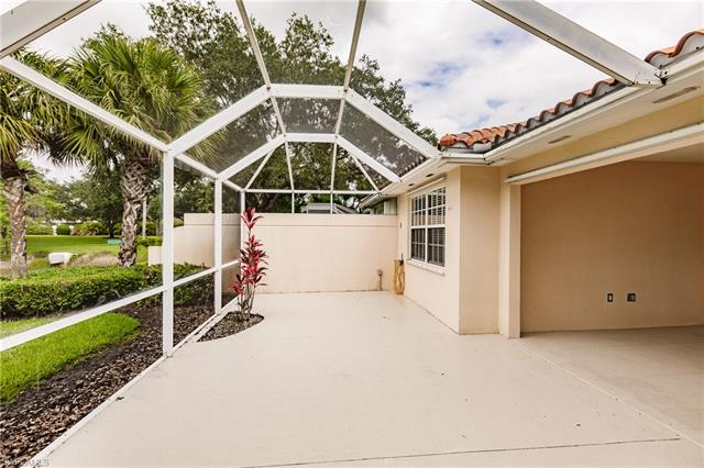 4975 Ventura Ct, Naples, FL 34109