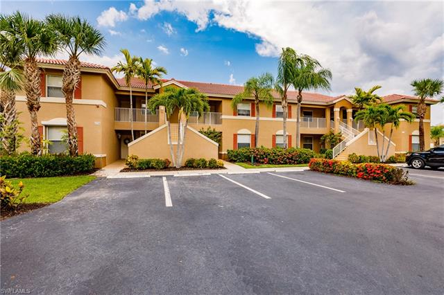 6920 Huntington Lakes Cir 203, Naples, FL 34119