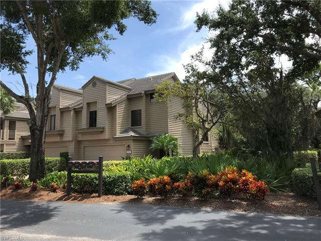 27107 Oakwood Lake Dr, Bonita Springs, FL 34134