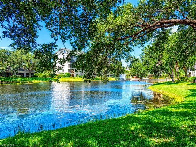806 Arbor Lake Dr 8-104, Naples, FL 34110