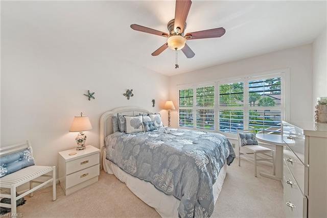 1820 Kings Lake Blvd 204, Naples, FL 34112