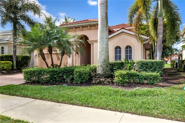 12644 Biscayne Ct, Naples, FL 34105