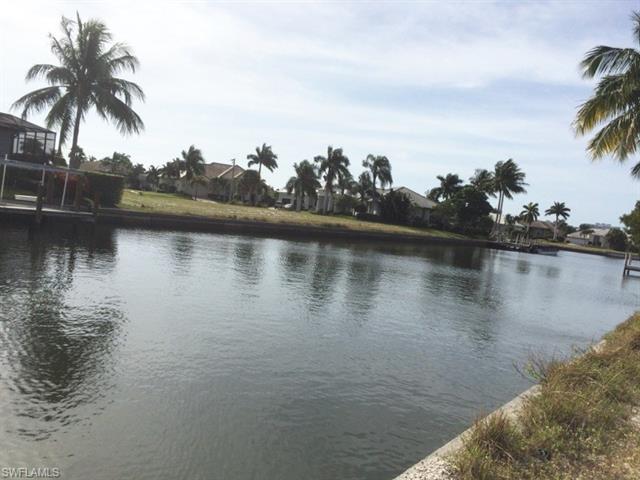977 Hunt Ct, Marco Island, FL 34145