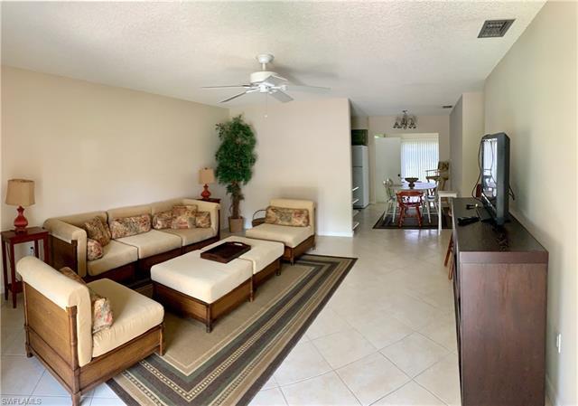 753 Palm View Dr Dp9, Naples, FL 34110