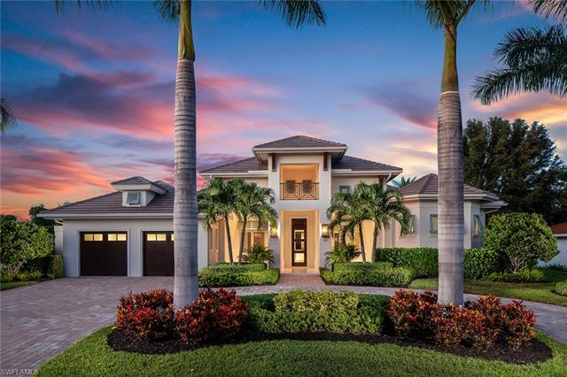 707 Fountainhead Ln, Naples, FL 34103