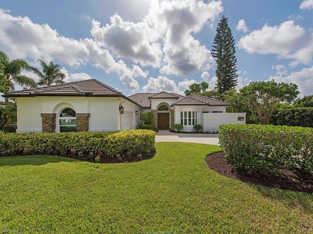 10756 Winterview Dr, Naples, FL 34109