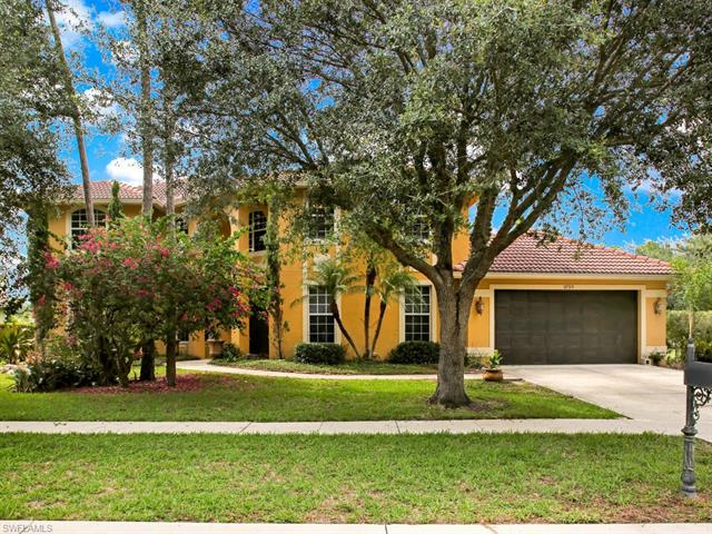 9795 Rocky Bank Dr, Naples, FL 34109