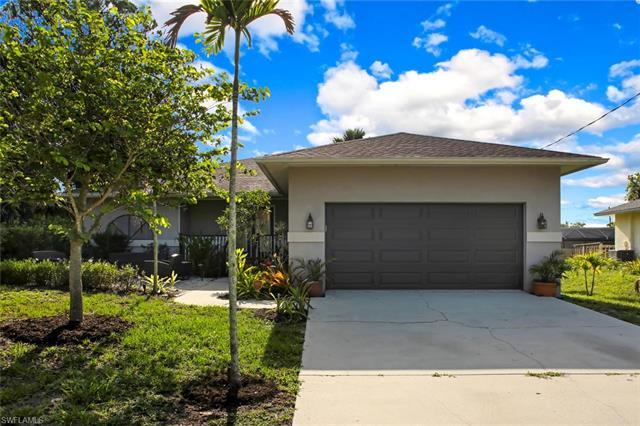 27171 Edgewood St, Bonita Springs, FL 34135
