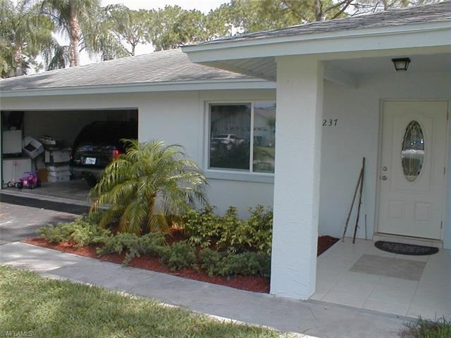 237 Erie Dr, Naples, FL 34110