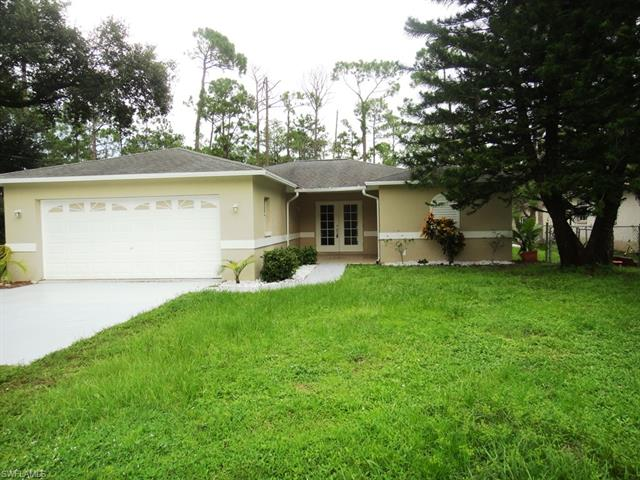 530 7th St Sw, Naples, FL 34117