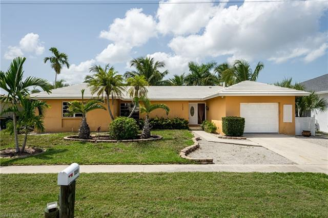 1139 Mulberry Ct, Marco Island, FL 34145