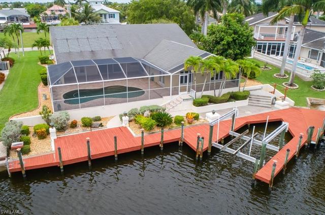 1208 50th St, Cape Coral, FL 33914