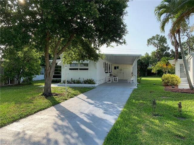 71 San Remo Cir, Naples, FL 34112