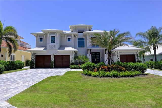 452 Egret Ave, Naples, FL 34108