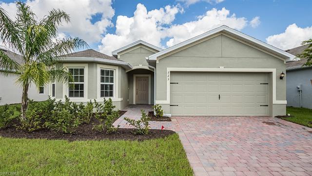 723 Hadley Place West, Naples, FL 34104