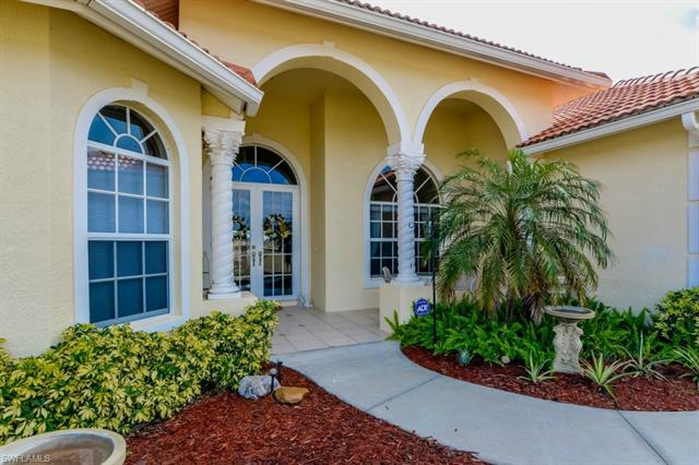 4394 20th St Ne, Naples, FL 34120