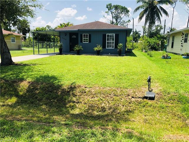 5330 Catts St, Naples, FL 34113
