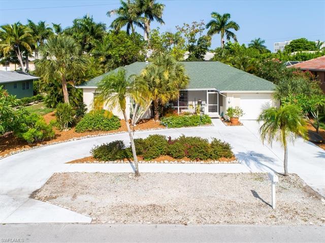 170 Greenbrier St, Marco Island, FL 34145