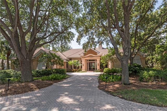 1059 Barcarmil Way, Naples, FL 34110