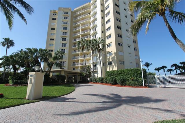 9051 Gulf Shore Dr Ph-2, Naples, FL 34108