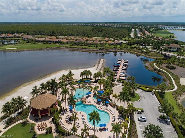 8723 Coastline Ct 202, Naples, FL 34120