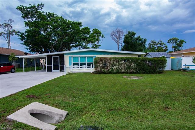 18362 Ostego Dr, Fort Myers, FL 33967