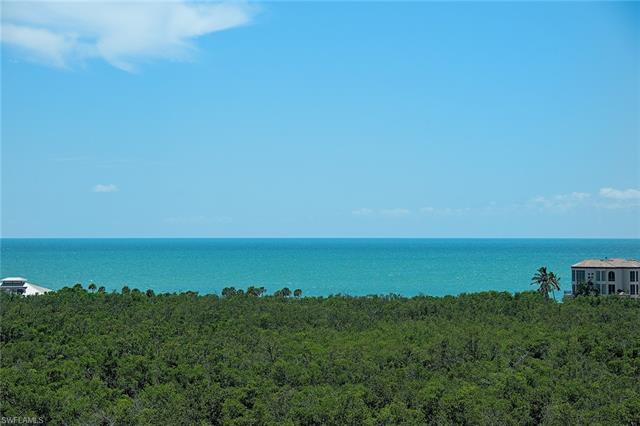 7425 Pelican Bay Blvd 905, Naples, FL 34108
