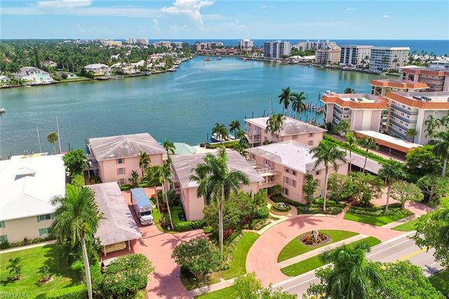 322 Harbour Dr 304d, Naples, FL 34103
