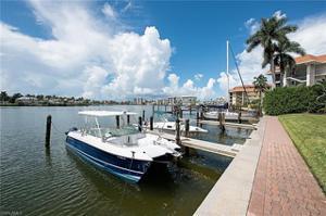 322 Harbour Dr 304d, Naples, FL 34103