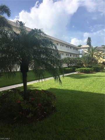 3150 Binnacle Dr 3b, Naples, FL 34103