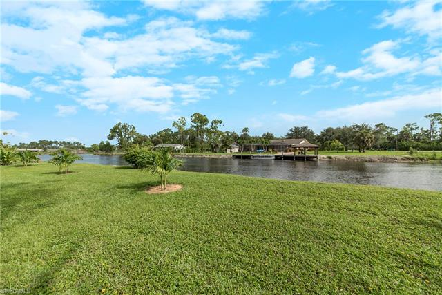 1223 Commonwealth Cir F-103, Naples, FL 34116