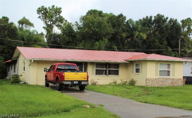 13845 5th St, Fort Myers, FL 33905