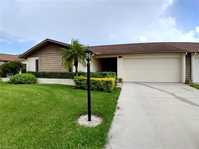 307 Reynolds Ct M-15, Naples, FL 34112