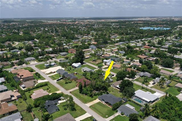 18509 Sebring Rd, Fort Myers, FL 33967
