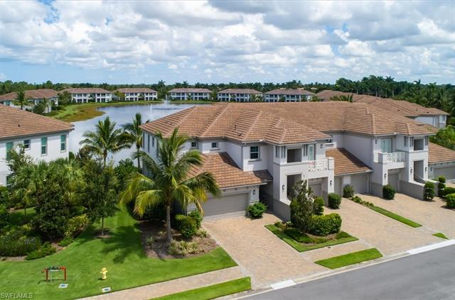 8050 Signature Club Cir 101, Naples, FL 34113