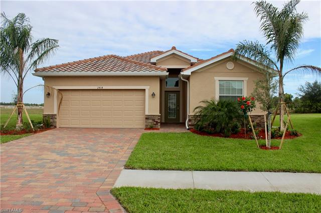 2414 Heydon Cir E, Naples, FL 34120