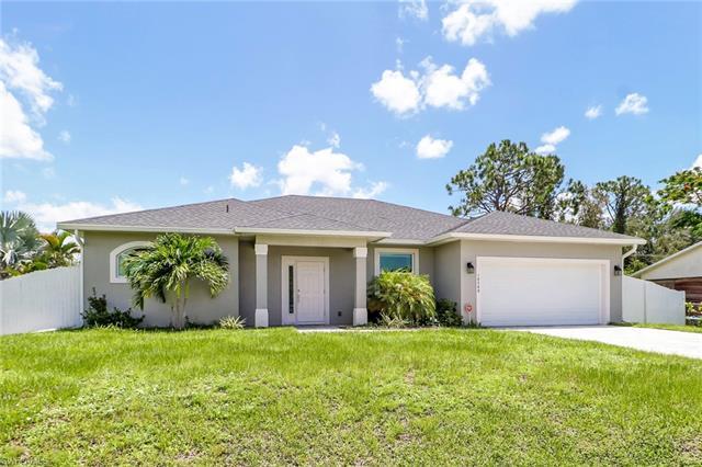 18589 Sebring Rd, Fort Myers, FL 33967