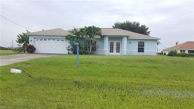 217 27th Pl, Cape Coral, FL 33993