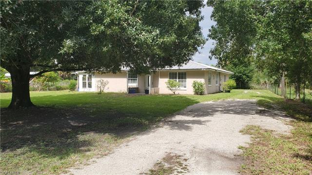 6771 Eastwood Acres Rd, Fort Myers, FL 33905
