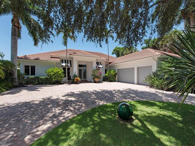 342 Golf Dr, Naples, FL 34102