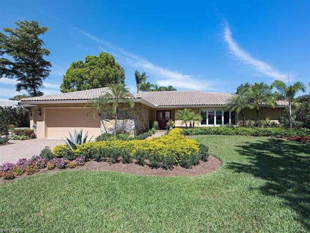635 Anchor Rode Dr, Naples, FL 34103