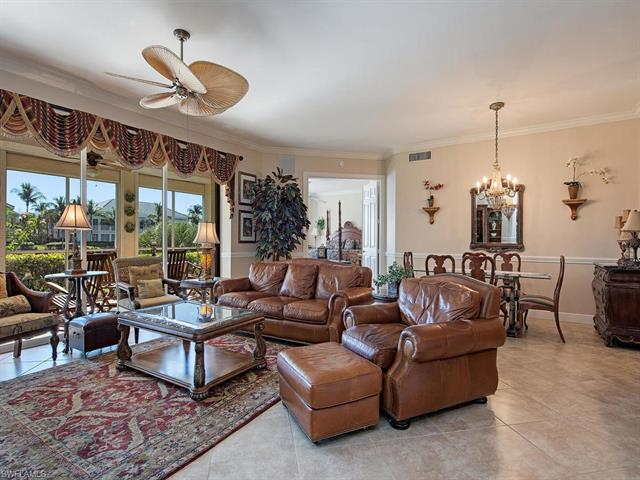 330 Grove Ct 2-101, Naples, FL 34110