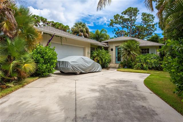 281 2nd Ave, Marco Island, FL 34145